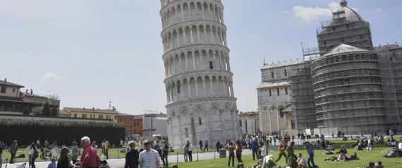 اخراج یک تونسی از ایتالیا که قصد حمله به برج پیزا را داشت