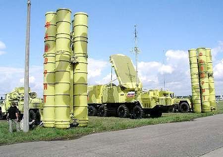 روسیه پدافند موشکی اس-400 به چین داد