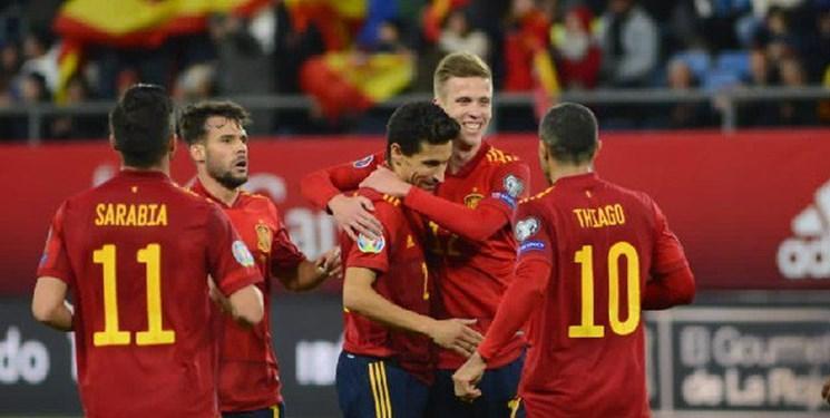 نهمین برد متوالی ایتالیا بدون شکست، برد پر گل اسپانیا