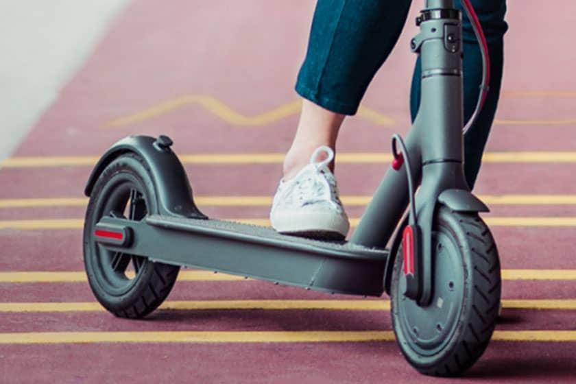 ممنوعیت استفاده از اسکوتر برقی در پیاده روهای سنگاپور