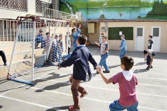 زنگ ورزش مدارس تهران تا سرانجام هفته تعطیل است