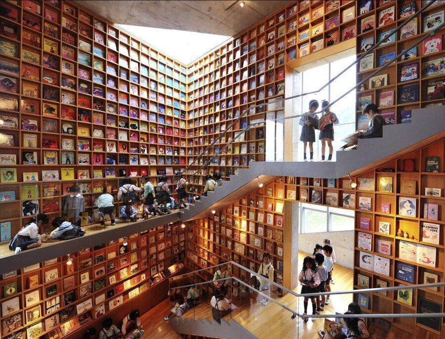 تصاویر ، رویایی ترین کتابخانه بچه ها ، بچه ها اینجا غرق در رنگ و نقش می شوند