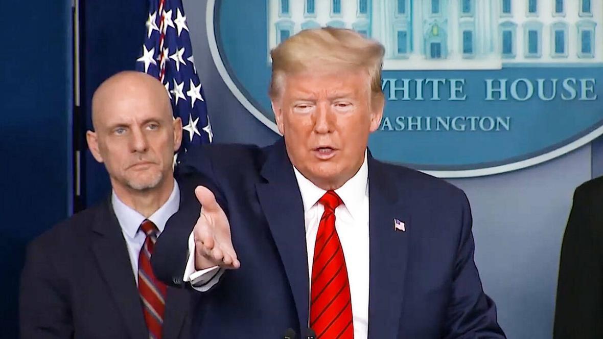 ترامپ باز هم رسانه ها را به انتشار اخبار جعلی متهم کرد