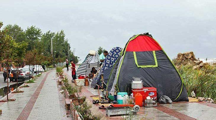 مسافران به هتل نیامدند، در چادر و ویلا ماندند