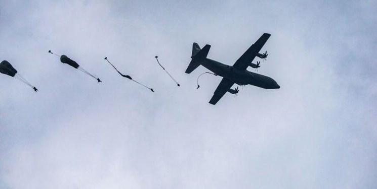 فرود چترباز های آمریکایی روی درختان 6 مجروح برجا گذاشت