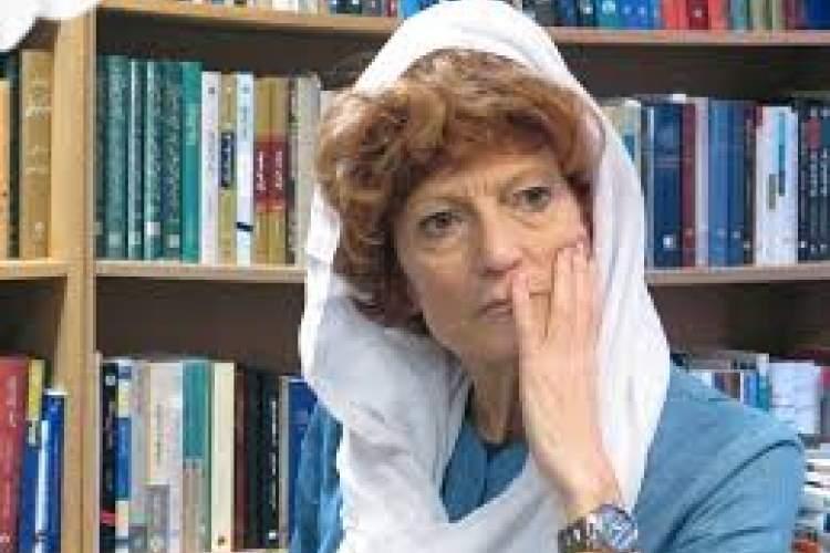 آنا وانزان، ایرانشناس مطرح ایتالیایی از جهان رفت