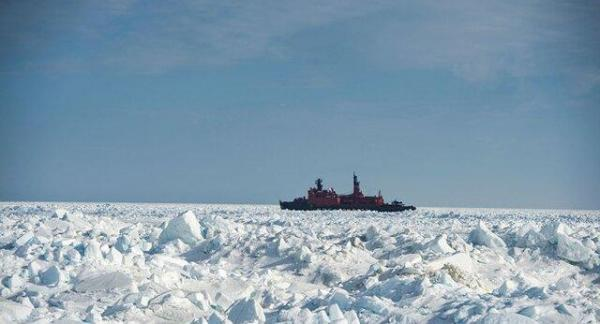 شروع گشت زنی نیروی دریایی آمریکا نزدیکی سواحل روسیه در قطب شمال