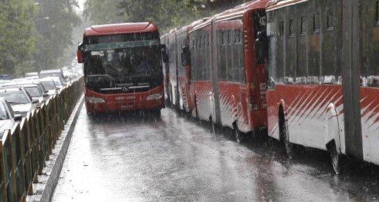 امضای تفاهم نامه ساخت و خرید 1000 دستگاه اتوبوس حمل و نقل عمومی درون شهری
