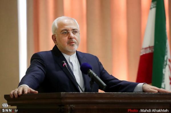ظریف: بورل می تواند قدم ها را در مشورت با ایران و آمریکا هماهنگ کند