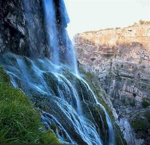 آبشار کمردوغ، جلوه ای زیبا از طبیعت دلبرانه کهگیلویه