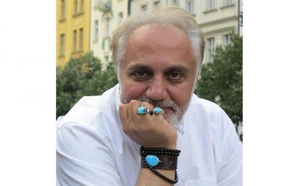 علی معلم از مطبوعات تا سینما