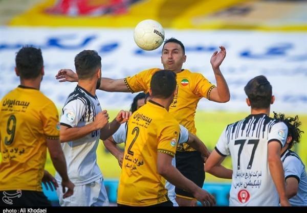 لیگ برتر فوتبال، عزم سپاهان برای پس دریافت صدر جدول از پرسپولیس