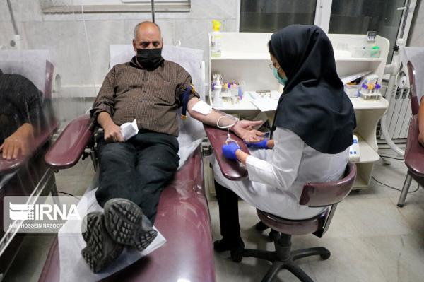 خبرنگاران شهروندان تهرانی خون اهدا نمایند