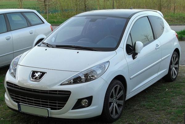 اعلام مشخصات پژو 207 دو رنگ از سوی ایران خودرو