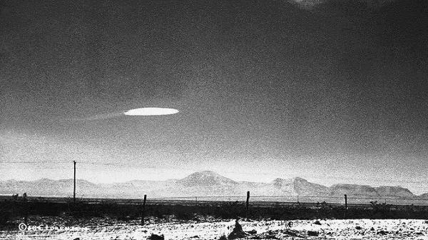 گزارش محرمانه آمریکا از پرواز اشیا ناشناخته در آسمان